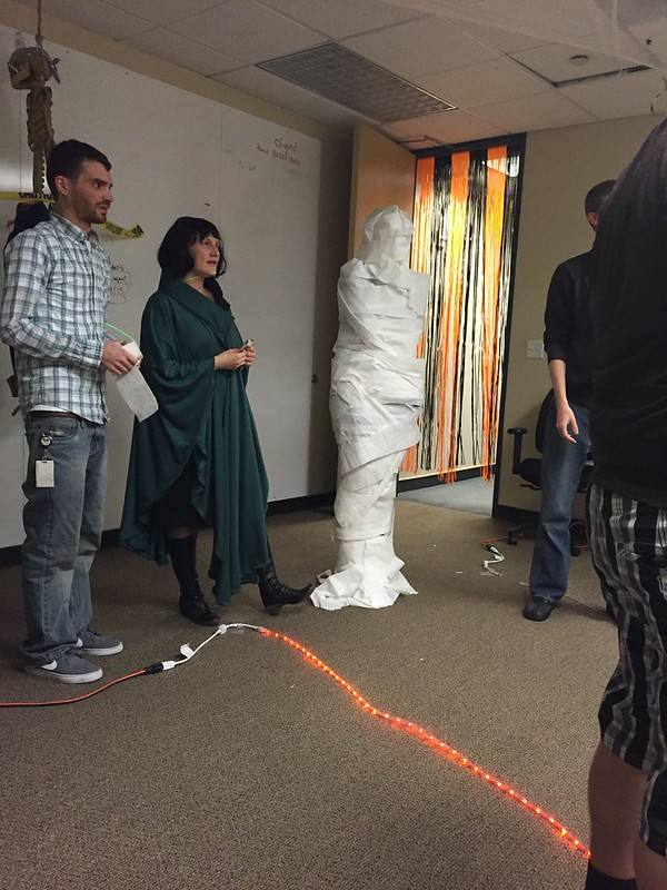 Mummy wrap contest