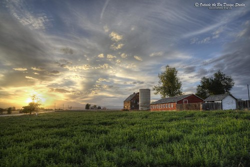 sunset field clouds barn colorado agriculture frontrange larimercounty
