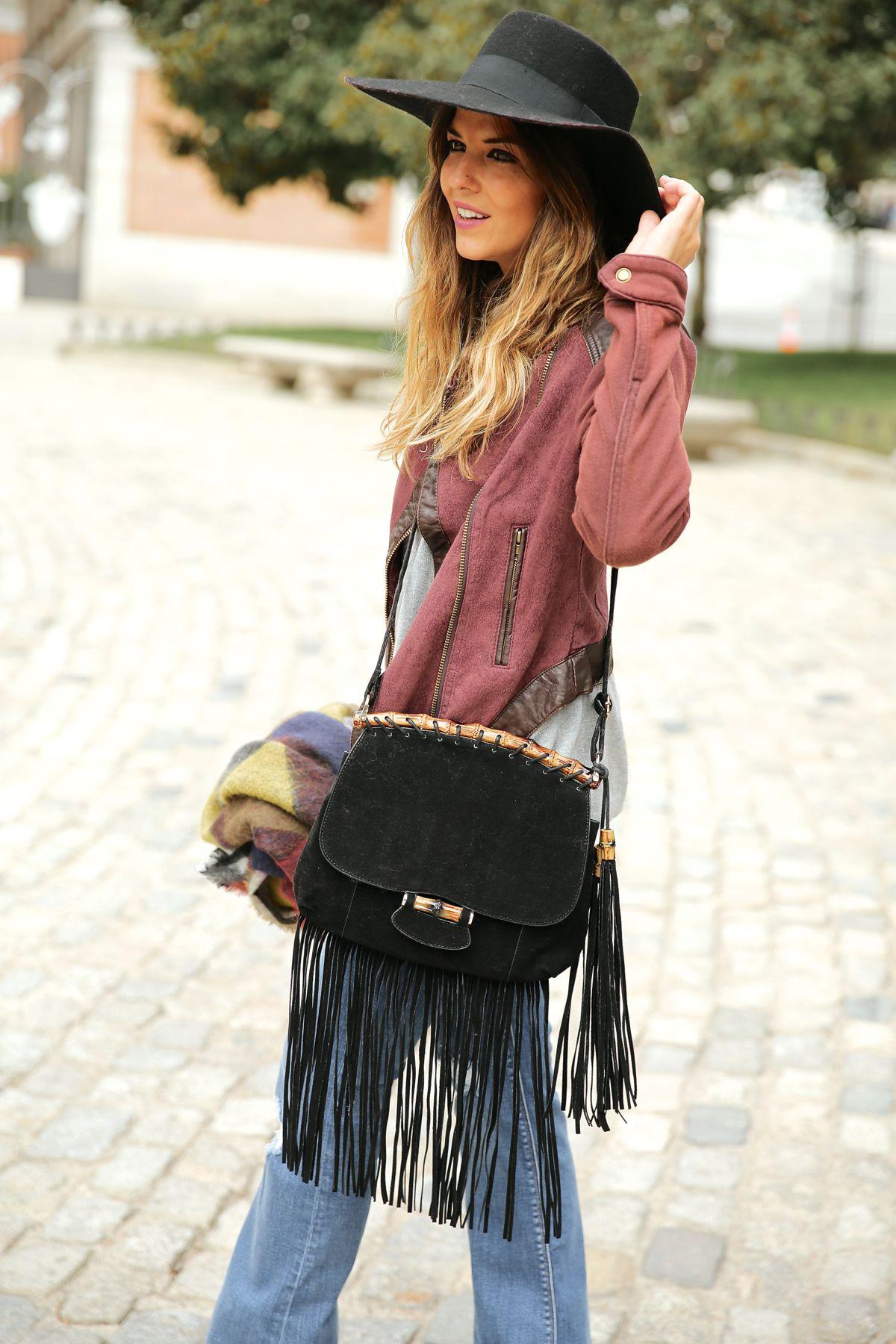 trendy_taste-look-outfit-street_style-ootd-blog-blogger-fashion_spain-moda_españa-AD-adolfo_dominguez-amaia_salamanca-boho-hippie-sombrero-hat-biker-flecos-fringes-2