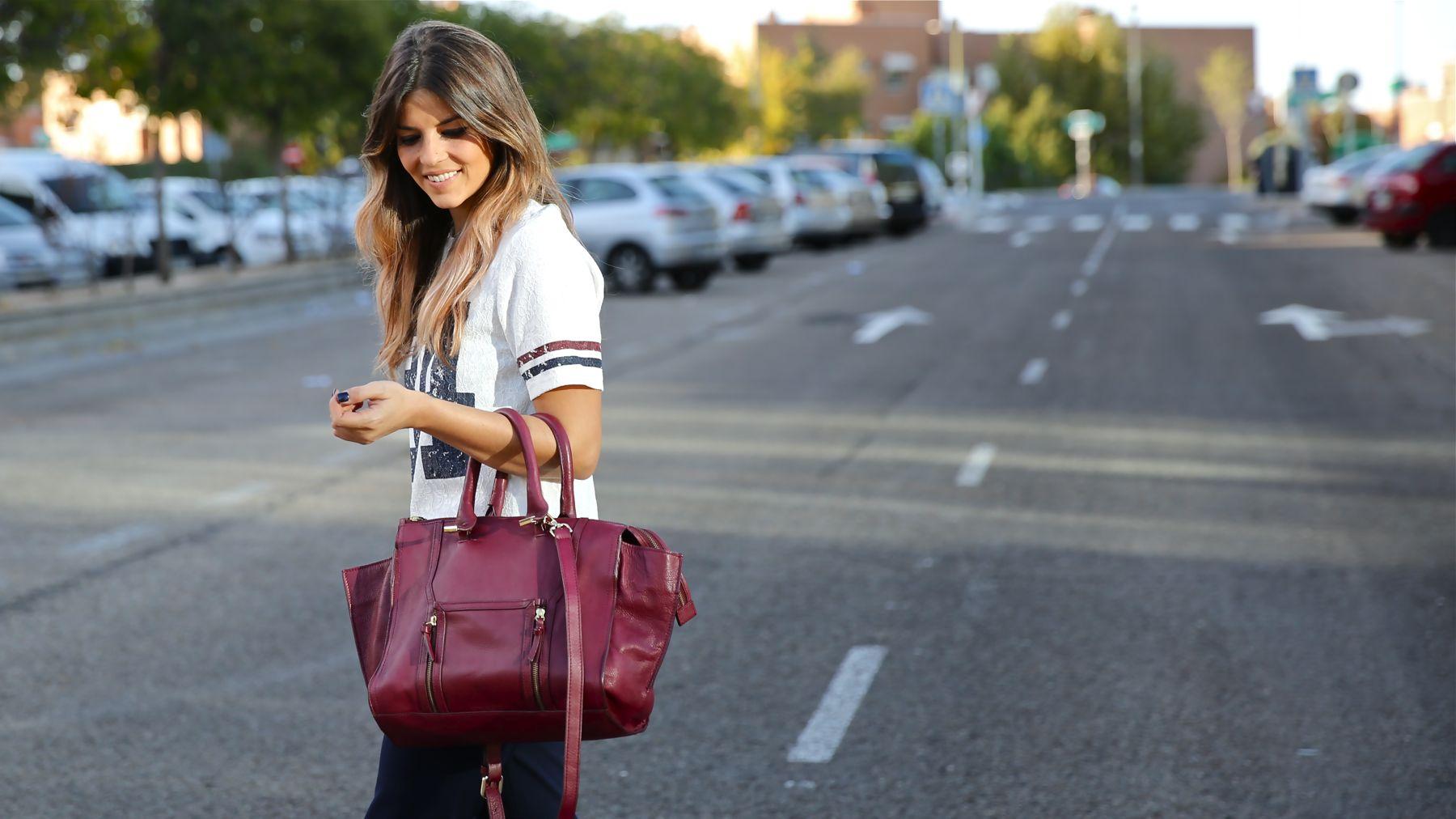 trendy_taste-look-outfit-street_style-ootd-blog-blogger-fashion_spain-moda_españa-zara-stan_smith-adidas-cosette-tee-baseball-camiseta-numero-pantalón-capri-pinzas-15