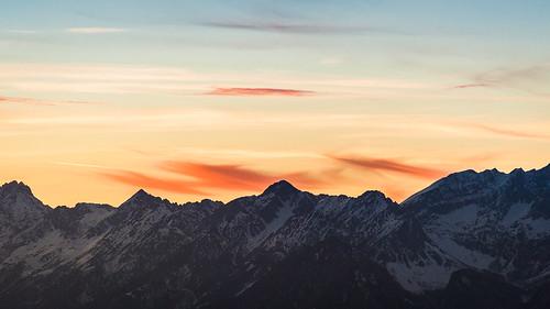 schnee winter sunset sun mountains alps austria tirol österreich europa europe sonnenuntergang wolken sonne alp pill loas tyrol karwendel