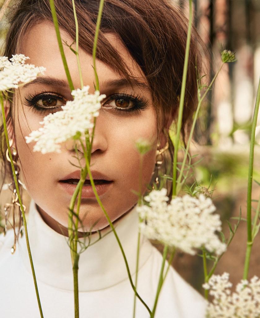 Алисия Викандер — Фотосессия для «Porter» 2016 – 4