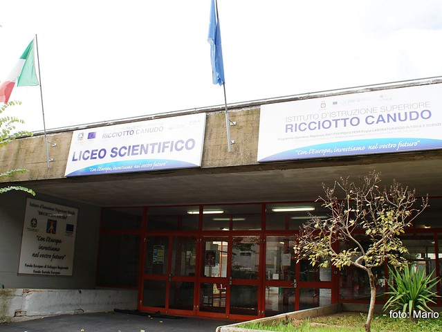 Liceo Scientifico R. Canudo