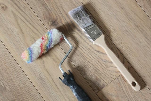 roller-paint-brush