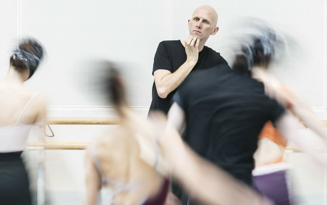 Wayne McGregor in rehearsals for Raven Girl © ROH/Johan Persson, 2013