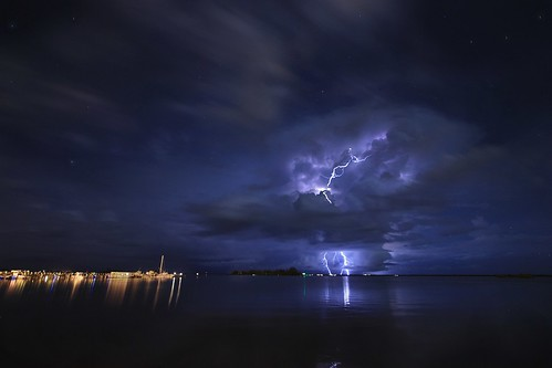 storm nature weather night clouds river landscape nightscape florida explore nightshots thunderstorm nightsky lightning extremeweather planetearth indianriver sebastianfl lightningstorm yahooweather kmprestonphotography projectweather 20141004135030mcr8s2