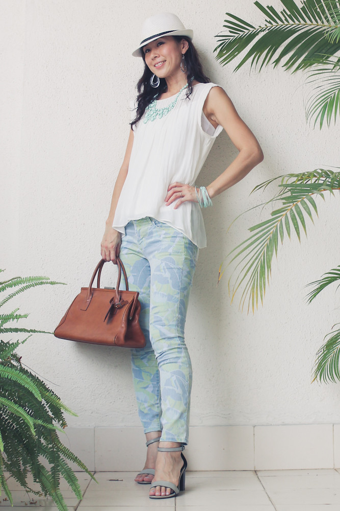 Gap flower print pants Zara shirt Forever 21 necklace_-7