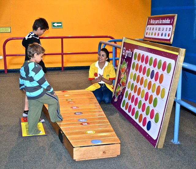 marimba - museo del niño guatemala - kids museum