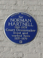 Photo of Norman Hartnell blue plaque