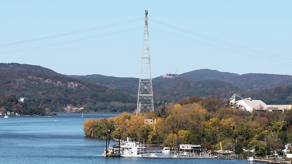 Willow cove marina rockland county new york around guides for Budget motor inn stony point
