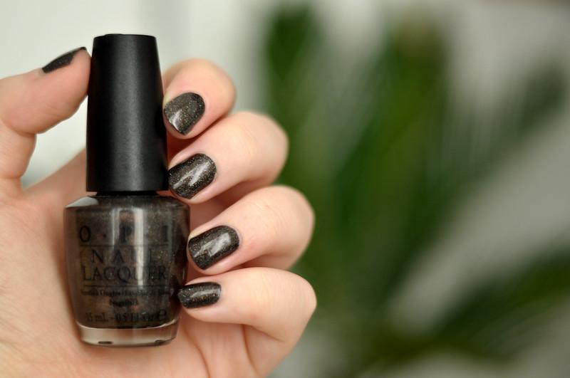 notd opi my private jet nail polish rottenotter rotten otter blog 1