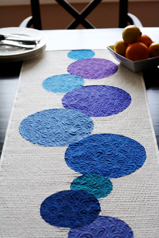 Connect the Dots Table Runner