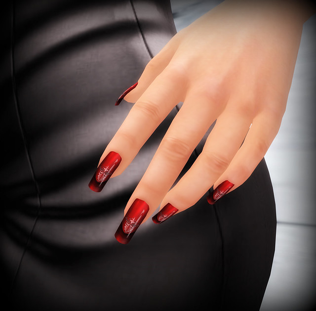 Nail polish: -{ZOZ}- Elegant Romance for Slink - done in the romance colours with an exquisite design and faded dark tips. This item is available at the Body Modification Expo event till October 31st.