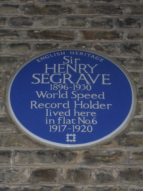 Photo of Octavia Hill blue plaque