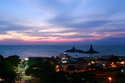sea statue sunrise tamilnadu kanyakumari capecomorin thiruvalluvarstatue vivekanandarockmemorial கன்னியாகுமாரி 泰米尔纳德邦 科摩林角 根尼亚古马里
