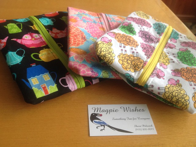 My new project bags from Magpie wishes on Etsy.