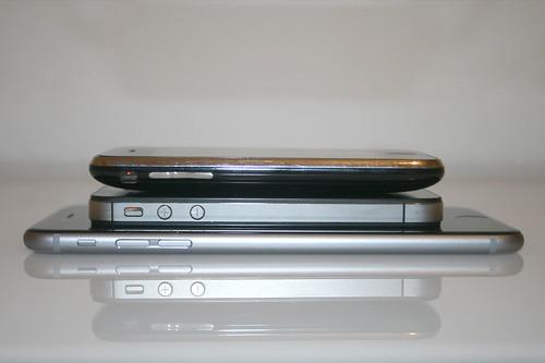 10 - iPhone 6 Plus - Größenvergleich Seitenansicht / Size comparison - Side view