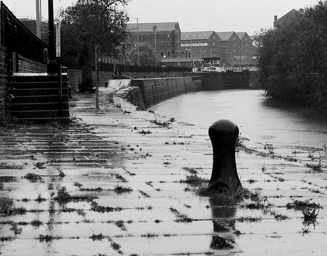 River Severn on the approach to Gloucester docks