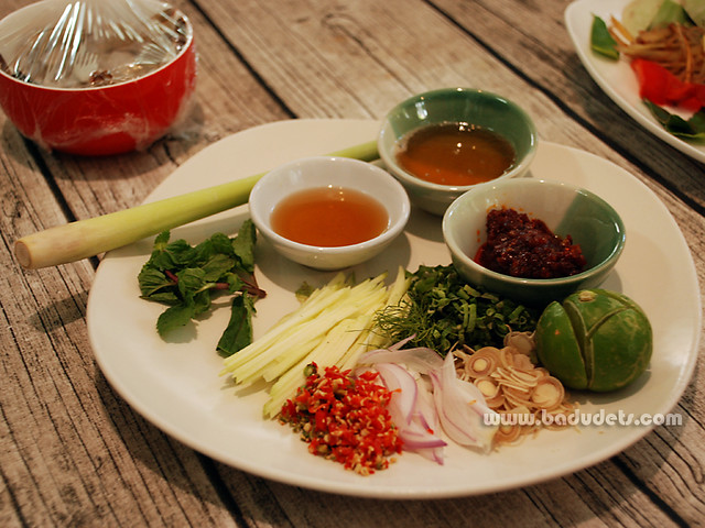 ingredients for Pla Goong