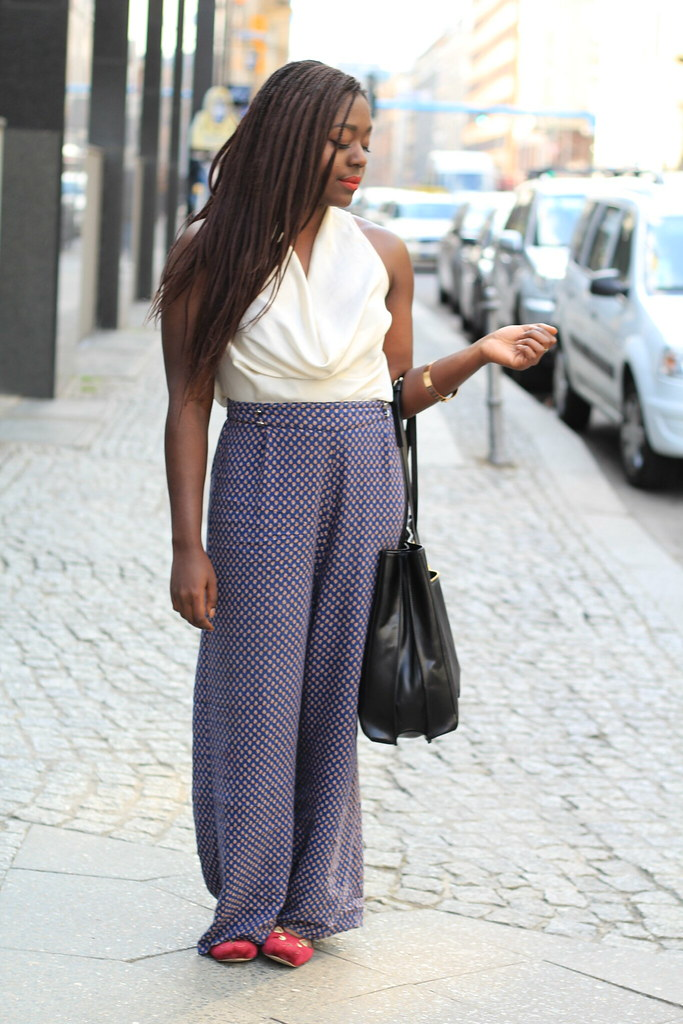 Palazzo pants kitty flats Streetstyle Lois Opoku