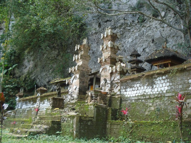 temple1-viabalidailybyIdaAyuIndah