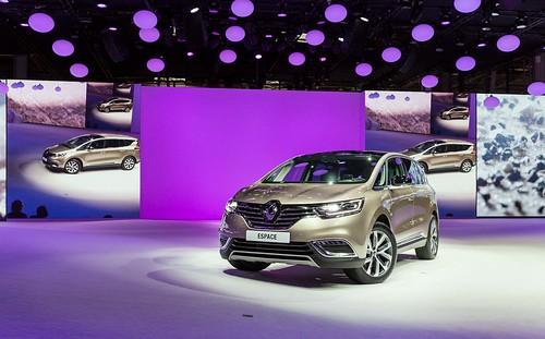 Renault_62652_global_fr