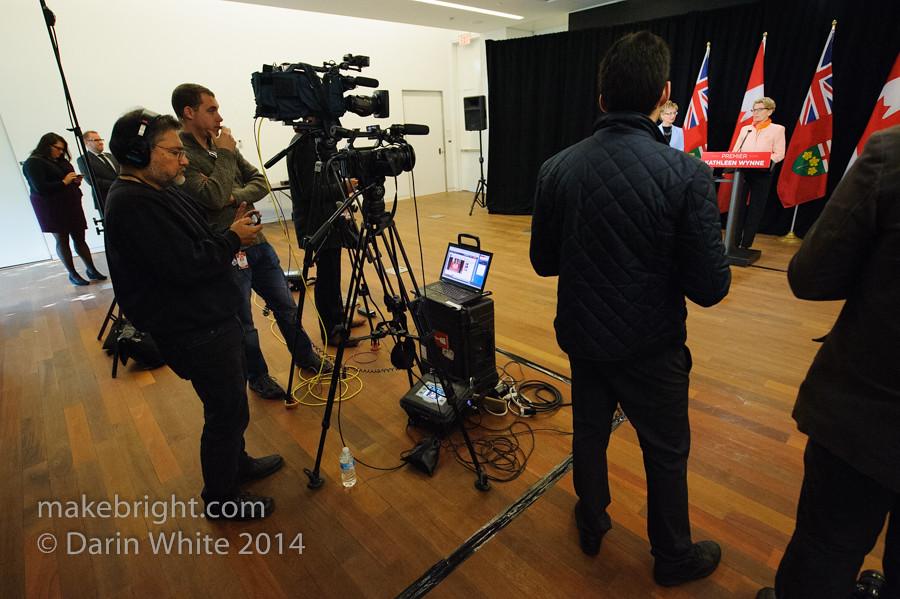 Premier Wynne scrum 2014-10-10-136