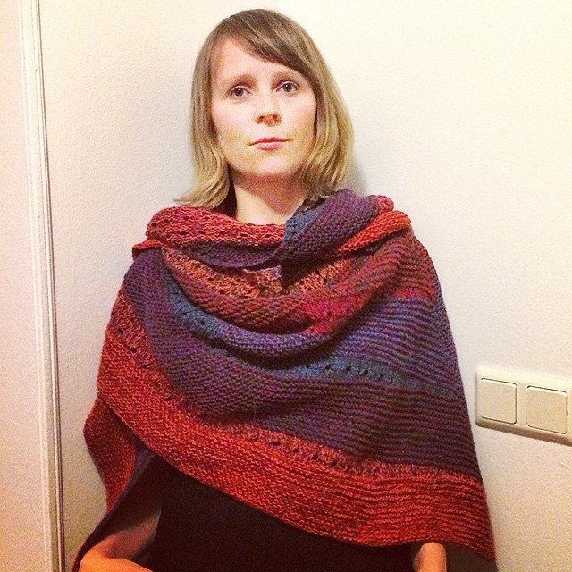 Visited my friend @anna_flamenca and gave her a birthday present, #samen by @westknits