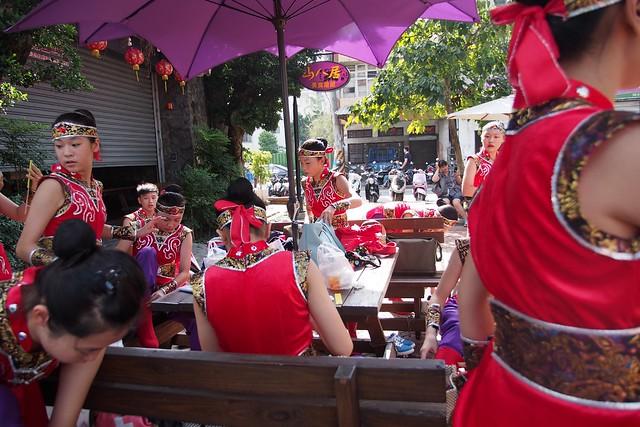 20140927,東中第45屆302舞蹈班參加臺中市好客嘉年華踩街 - 01