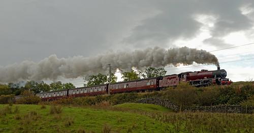The_Cumbrian_Mountain_Express_Approaching_Birkbeck_Viaduct
