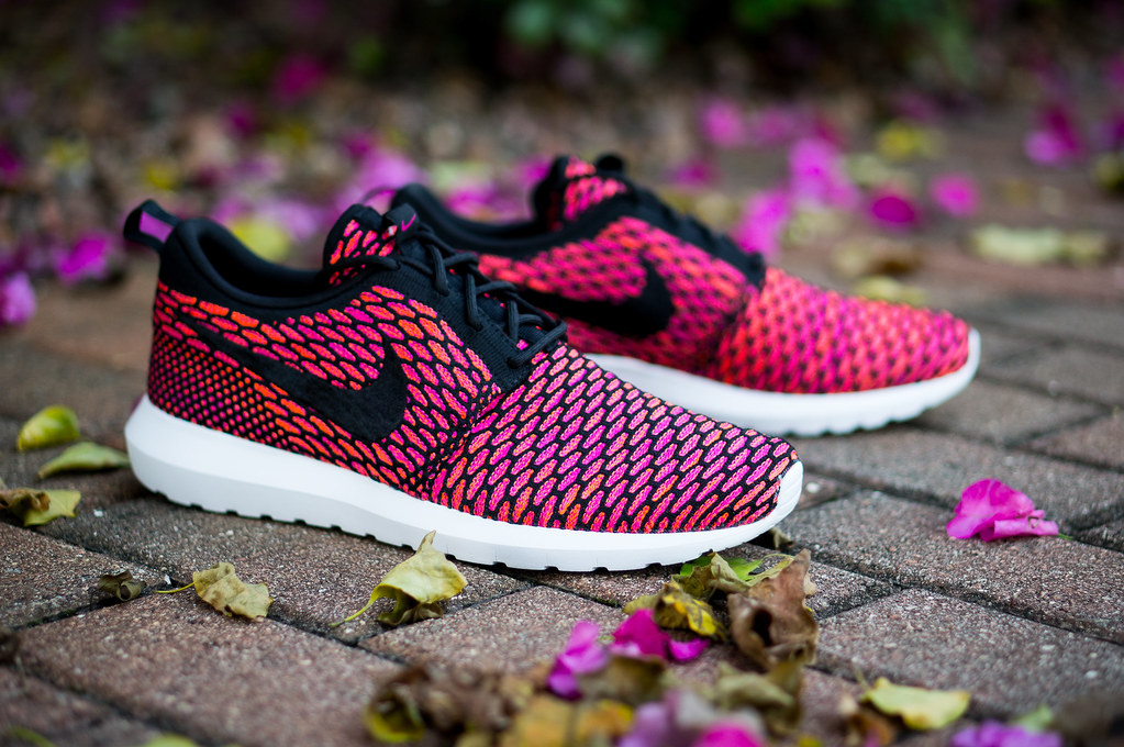 Nike Rosherun NM Flyknit - Fireberry  443eaca129