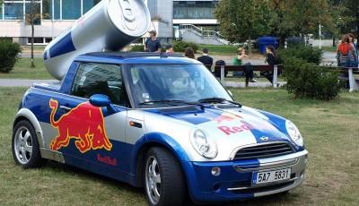 Red Bull křídla dávat neumí - za klamavou reklamu společnost zákazníkům vyplatí 13 milionů dolarů
