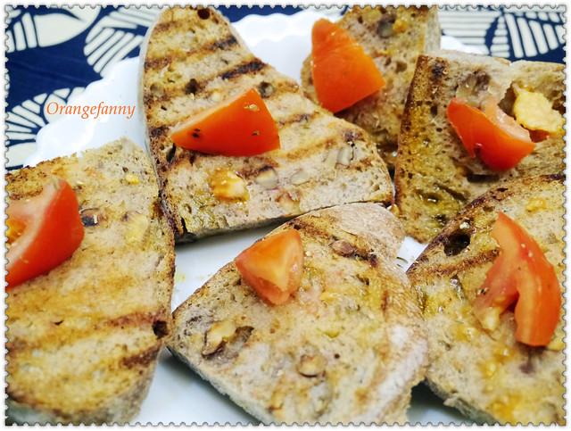 141007 番茄烤麵包-01