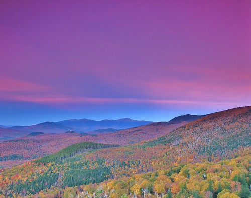 new blue autumn sunset white mountain mountains color colour fall colors canon washington october colours view northwest oct peak nh hampshire presidential foliage mount hour vista below mm range 1755 nubble 1755mm canonefs1755mmf28isusm 60d sugarloafs
