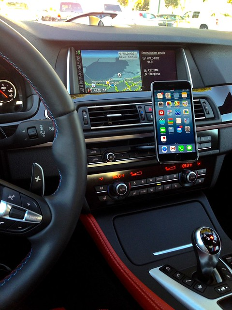 How Do You Mount Your Smartphones To Your Car