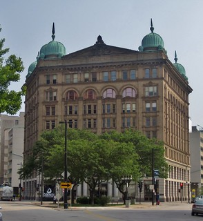 Imagen de Germania Building. wisconsin milwaukee 1890s milwaukeecounty classicalrevival schnetzkyliebert eugenerliebert