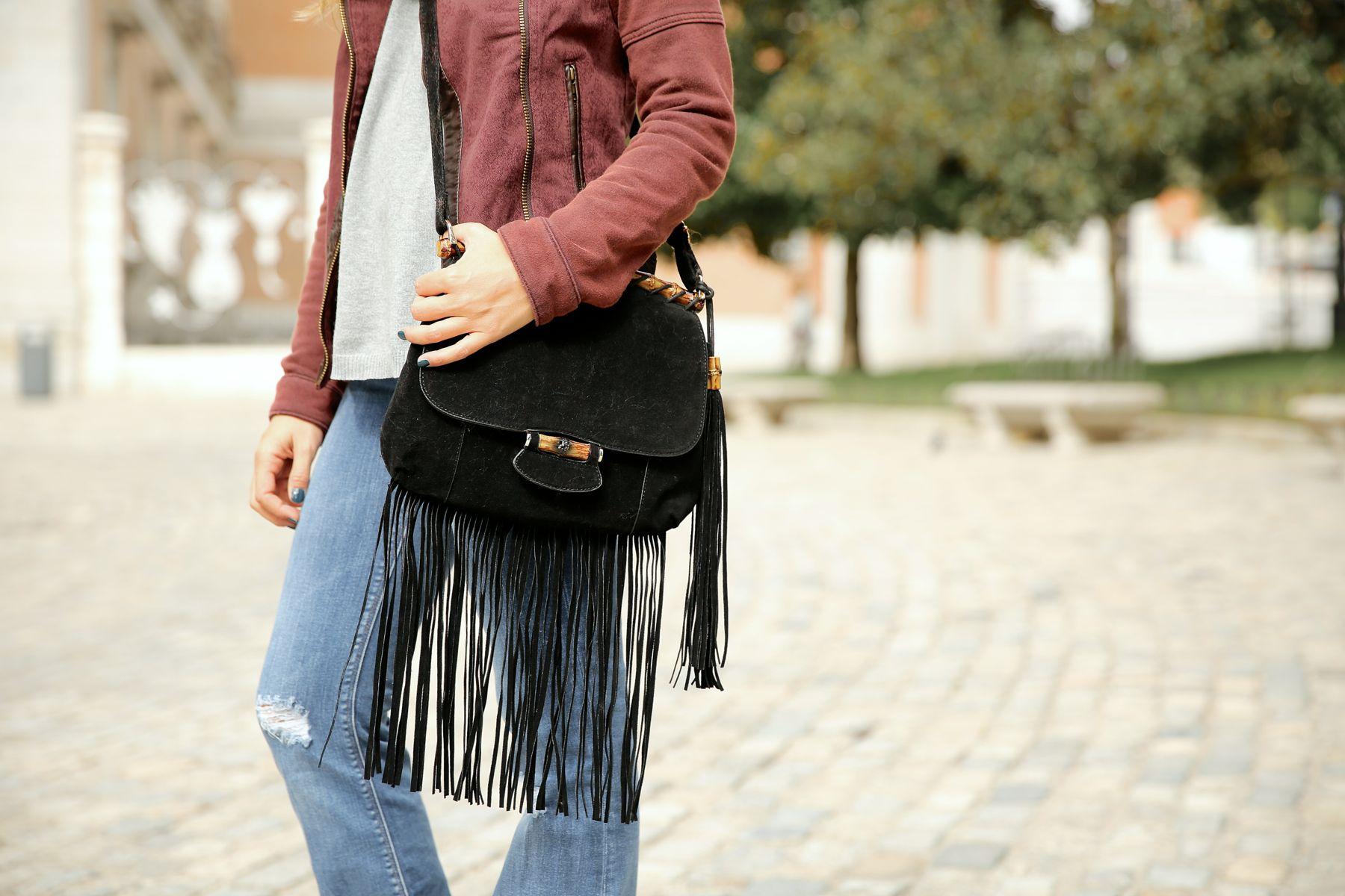 trendy_taste-look-outfit-street_style-ootd-blog-blogger-fashion_spain-moda_españa-AD-adolfo_dominguez-amaia_salamanca-boho-hippie-sombrero-hat-biker-flecos-fringes-1