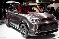 automobile, automotive exterior, sport utility vehicle, vehicle, automotive design, compact sport utility vehicle, auto show, compact car, bumper, kia soul, concept car, land vehicle, luxury vehicle, kia motors,