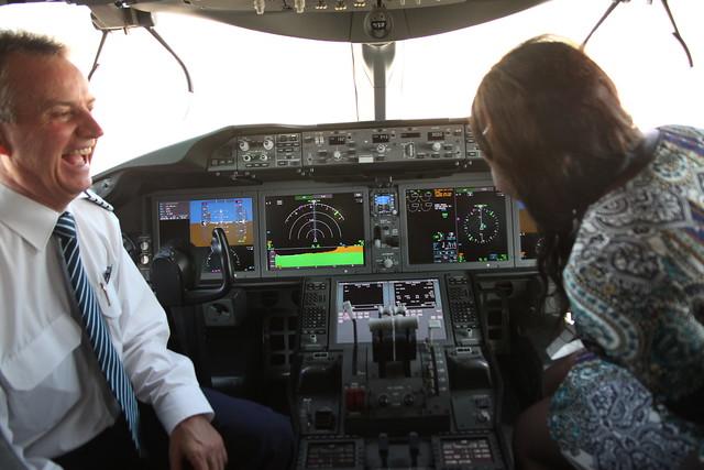 787 Dreamliner cockpit
