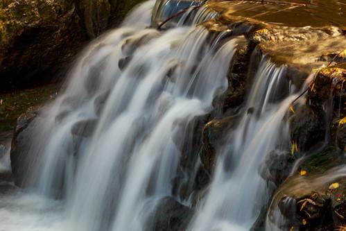 longexposure autumn toronto ontario canada fall water falls waterblur fallcolours edwardsgardens