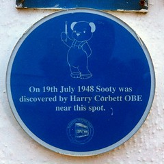 Photo of Sooty and Harry Corbett blue plaque