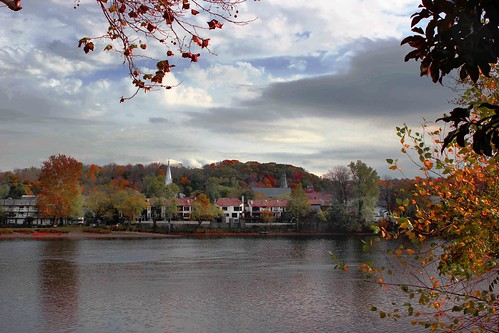 autumn houses view pennsylvania newhope lambertville delawarecanal