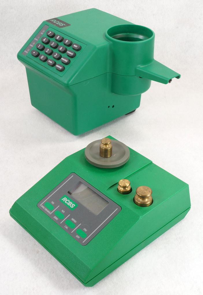 RD14599 RCBS PACT Electronic Digital Precision Powder Dispenser & Scale RD14598 DSC06340