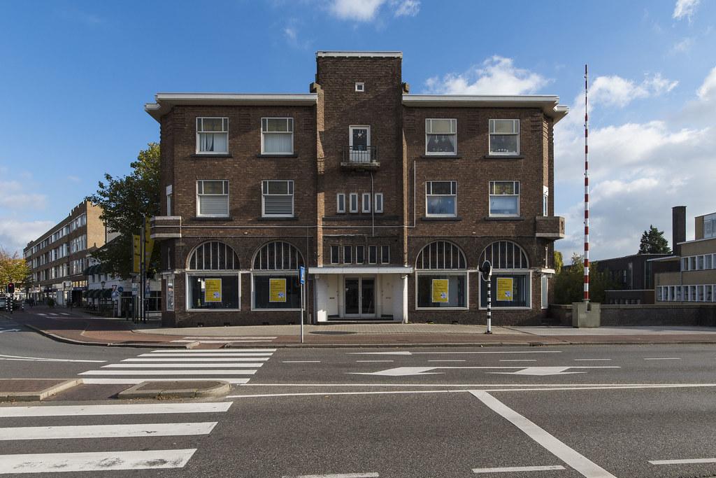 Hotels Near B Tt