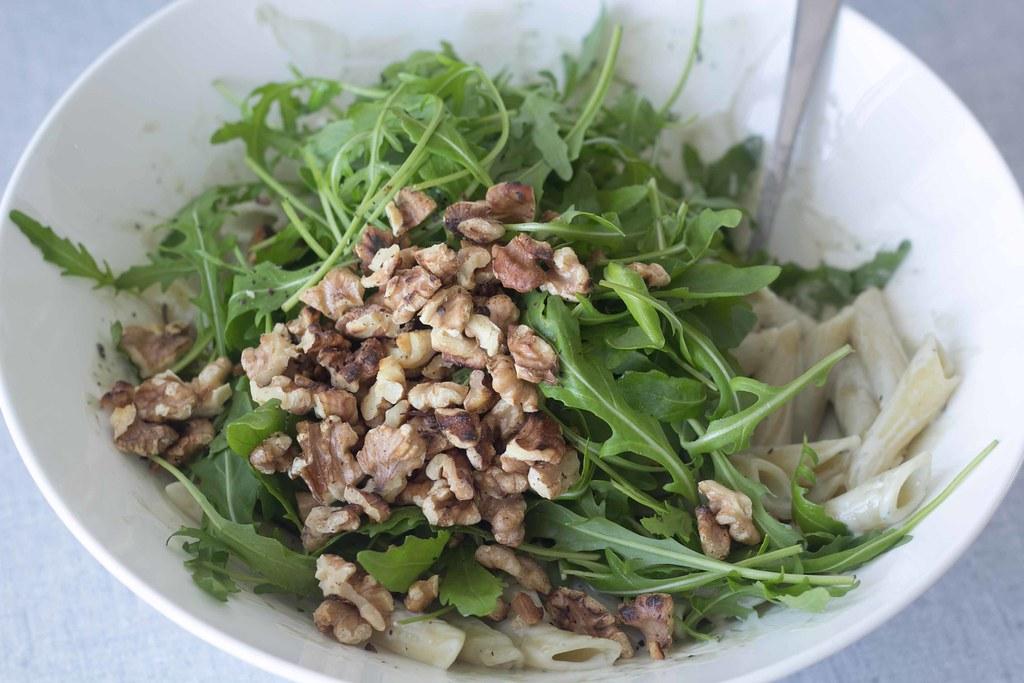 Pasta med gorgonzolasauce, ruccola og valnødder (8)