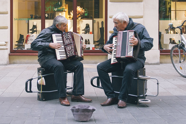 26.10.2014 Duelling Accordions