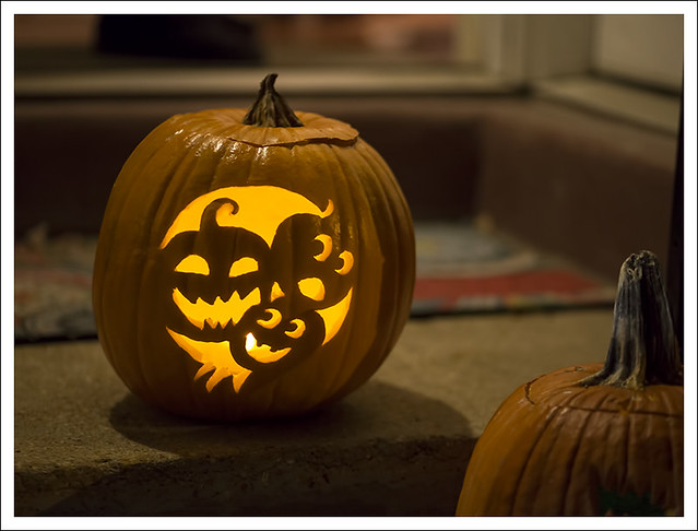 Madeleine On Halloween 2014-10-31 3