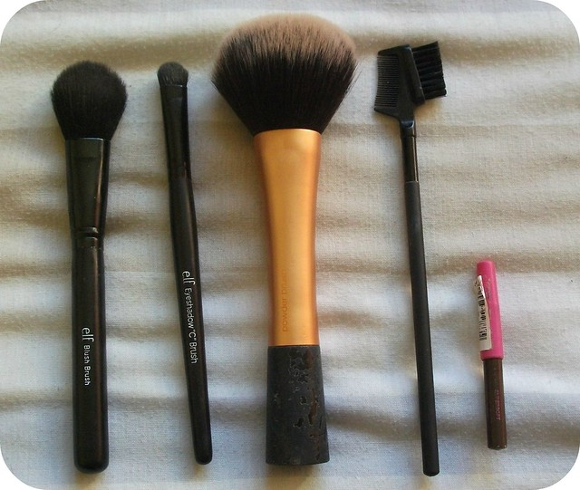 Cabin Baggage Makeup Brushes