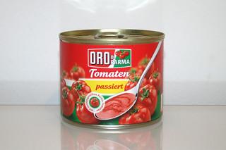05 - Zutat Tomaten passiert / Ingredient sieved tomatoes