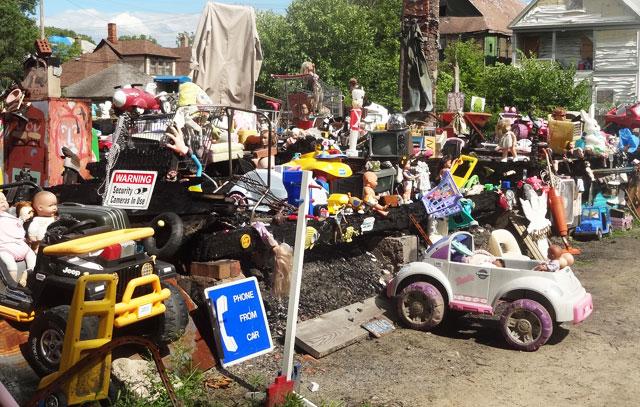toys-on-street